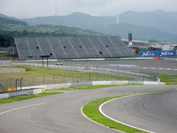 F1グランプリ 大規模仮設スタンド